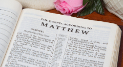 Bible-matthew-reading